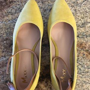 Mustard color flats 8.5 women's shoes